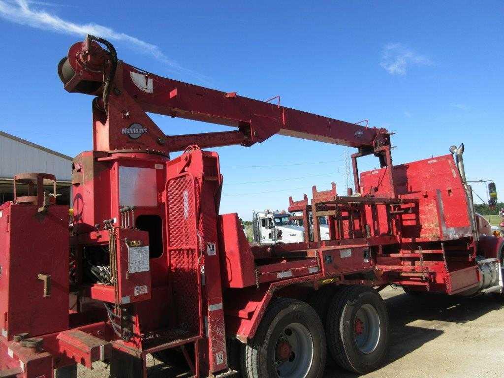 2002-manitowoc-rearmount-crane-8