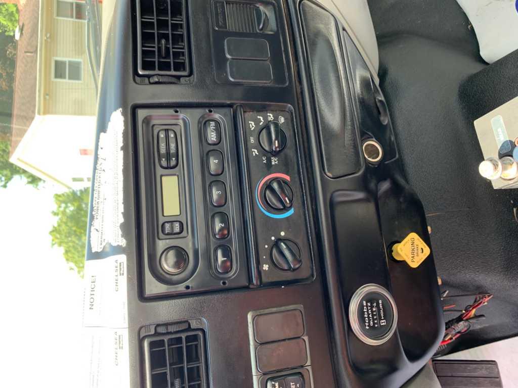 2007 Ford F750 2000GL Water Truck (13)