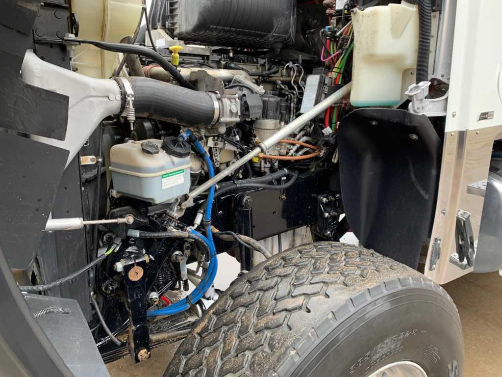 2011 FLD Tri Dump Truck (8)