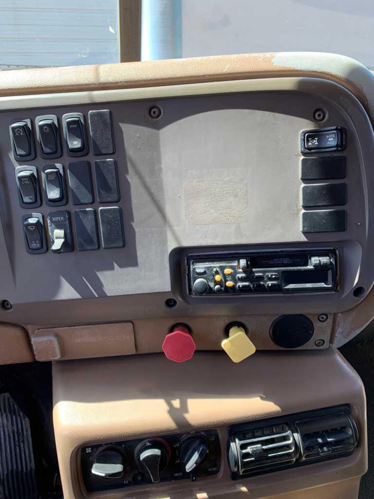 2004 Granite Auto Dump (15)