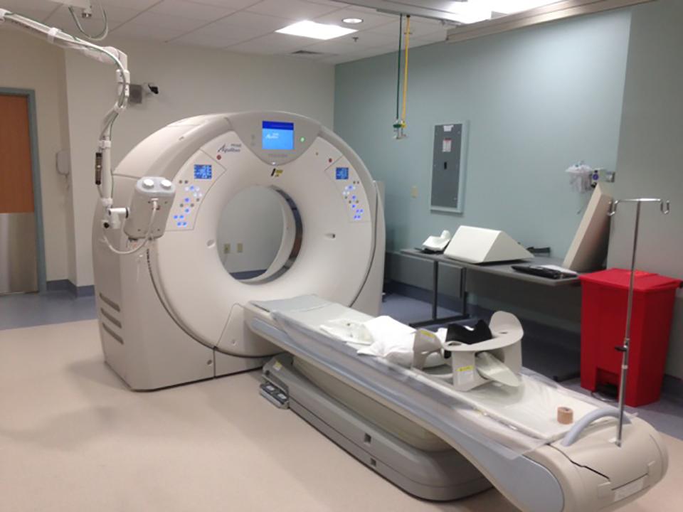 Toshiba CT scan machine
