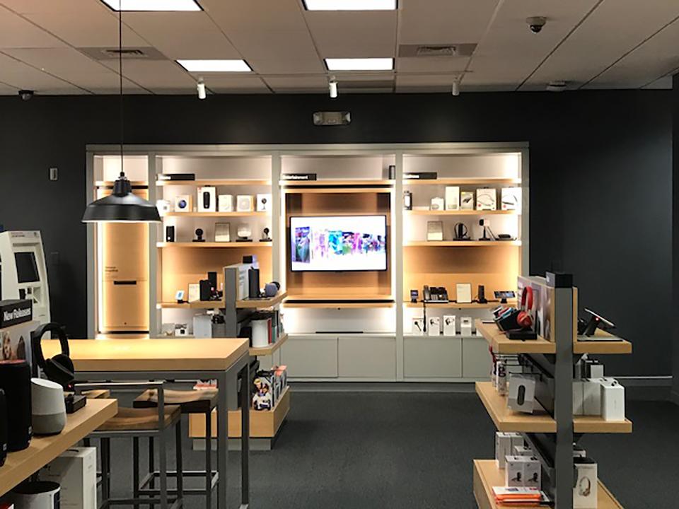 Verizon Interior Display Wall