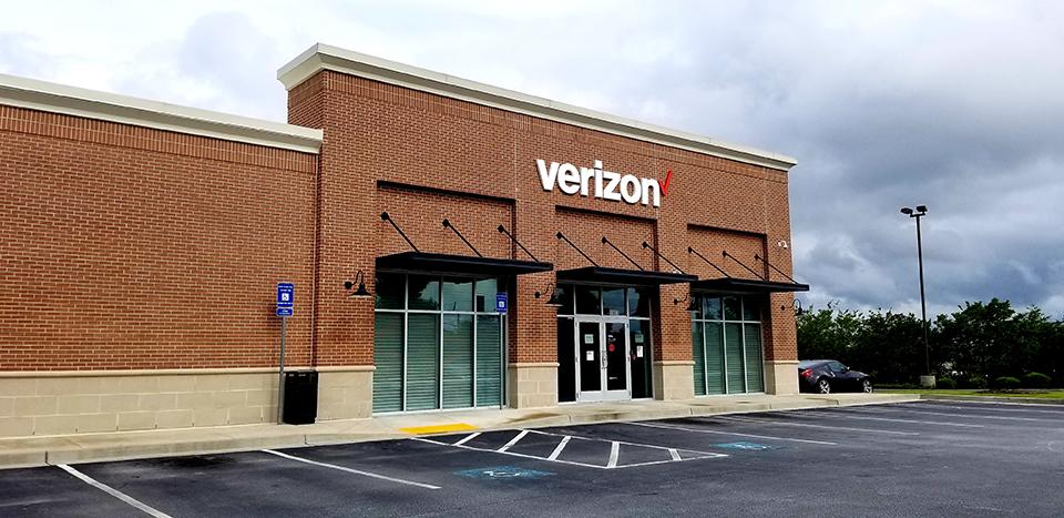 Verizon Storefront Renovation