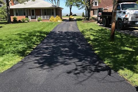 residential asphat driveway paving4